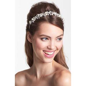 Untamed Petals Crystal Pearl Bridal Headband/tiara
